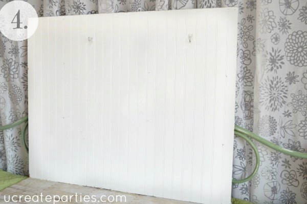 DIY Photo Shoot Beadboard