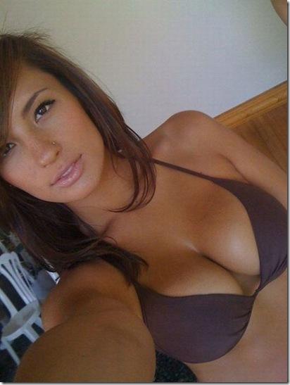 sexy-facebook-girls-01