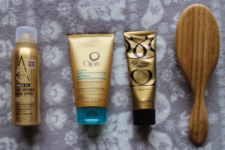 Gold-beauty-products-Argan MiracleShineSpray-OjonMoisture TherapyConditioner-EmbryolisseGold-WetBrush-bamboo-wooden