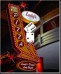 lucky's-lounge