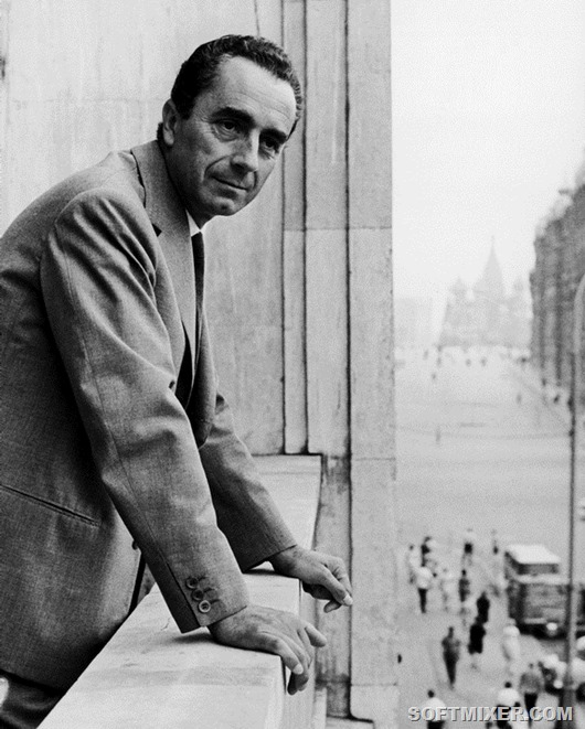 JULY 12TH 1965. MOSCOW INTERNATIONAL FILM FESTIVAL. MICHELANGELO ANTONIONI, ITALIAN FILM DIRECTOR