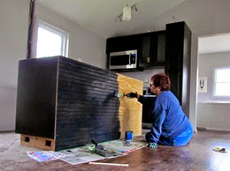 1411120 Nov13 Barb Painting Back Of Island