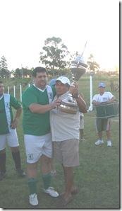 Copa campeón 2012 entregada por la Liga