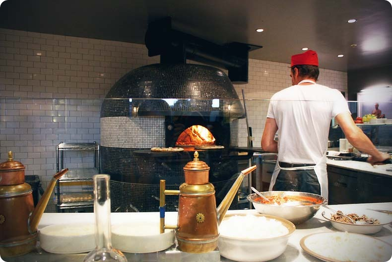 pizzeria locale 2