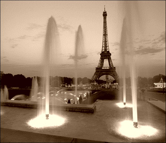 France - Paris-Eiffel Tower wo lights Hz B&W