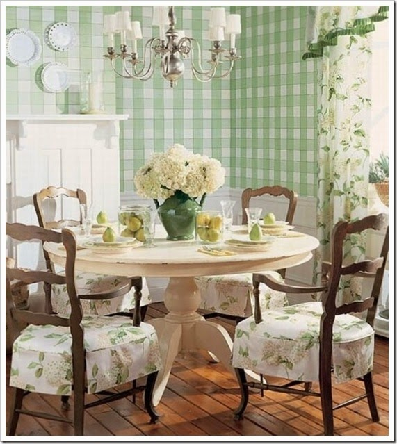 kitchen-breakfast-nook-dining-setup-design-idea-green-color-plaid-unique-floral-design-decor-idea-cottage-french-chic-traditional-inspiration