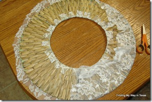lace, mint, wicker wreath 010-001