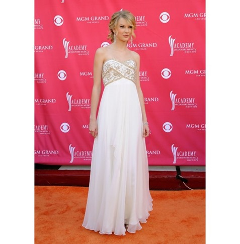 Taylor Swift White Strapless Beaded Evening Dress 2008 ACM Awards Red Carpet -600x600