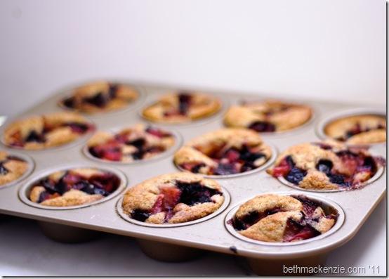 plum cobbler muffins28