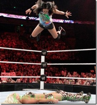 Tamina - Super Fly Splash