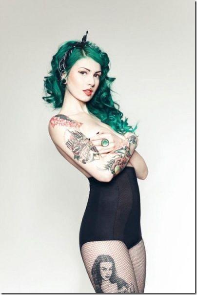 hot-tattoos-women-31