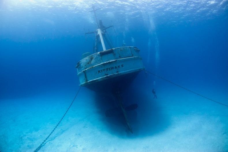 cayman-island-shipwreck-10