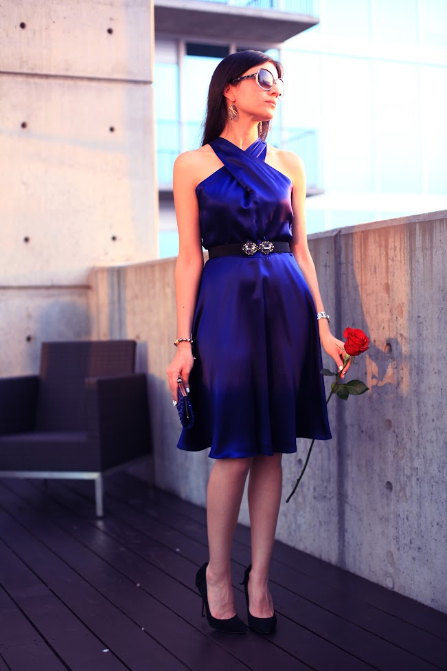bluedress1.jpg