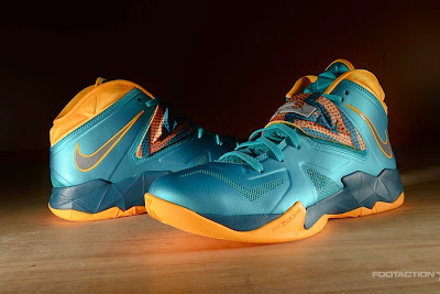 nike zoom soldier 7 gr turbo green 2 08 Release Reminder: Zoom Soldier VII Turbo Green / Atomic Mango