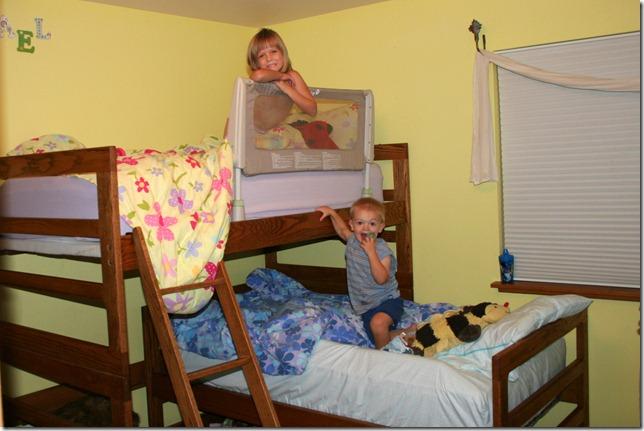 2011-11-05 Bunk Beds (5)