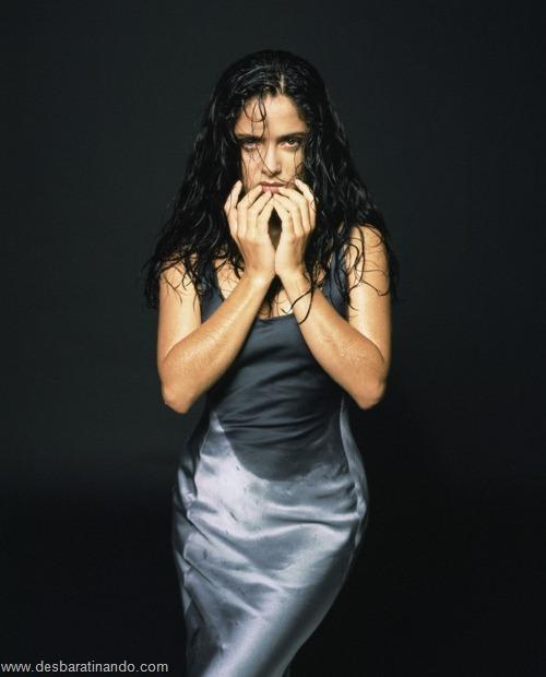 salma hayek linda sensual sexy sedutora gostosa peituda boob tits desbaratinando  (28)