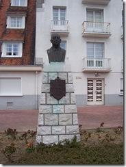 2013.05.04-003 statue de Léon Vincent