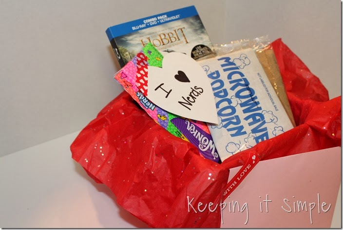 #shop Valentines-day-date-ideas-scavenger-hunt (4)