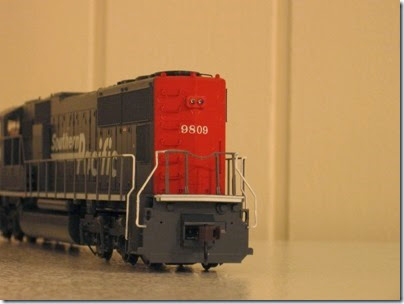 IMG_0729 Athearn Genesis SD70M Southern Pacific #9809