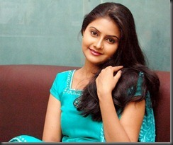 Actress-Nandagi-pic