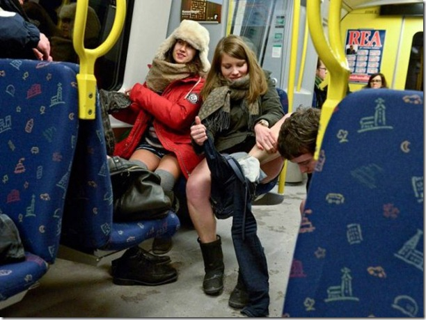 no-pants-subway-ride-11