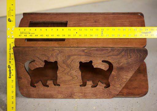 BabyTom01-cat-shelf