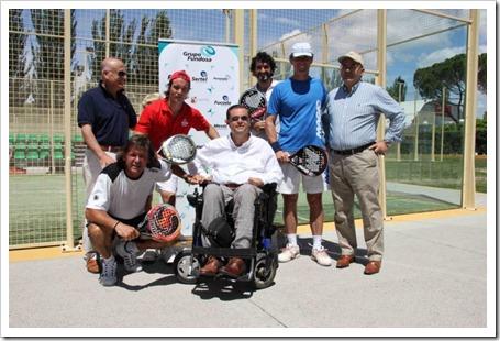 Pablo Semprún inauguró hoy las nuevas pistas de pádel del Club Deportivo Somontes.