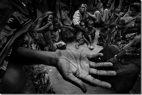 00013140-INS-Famine in Ethiopia-001