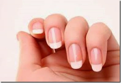 cuidados de las uñas de las manos hombres y mujeres