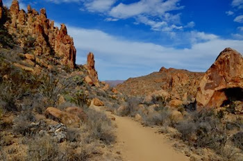 trail to Balanced Rock in the Grapevine Hills