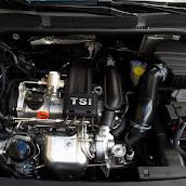 2013-Skoda-Rapid-Sedan-Details-8.jpg