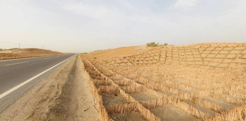 tarim-desert-highway-2