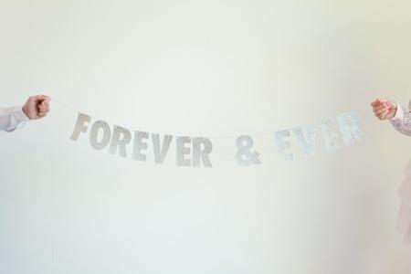 Semplicemente Perfetto_ Glitter-garland-wedding 05