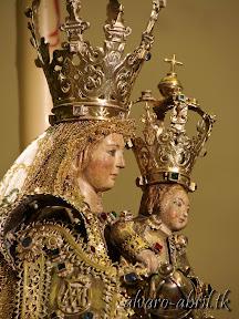 nuestra-señora-de-la-antigua-patrona-de-almuñecar-vestida-alvaro-abril-fiestas-almuñecar-2013-felicitacion-novena-procesion-maritimo-terrestre-(5).jpg