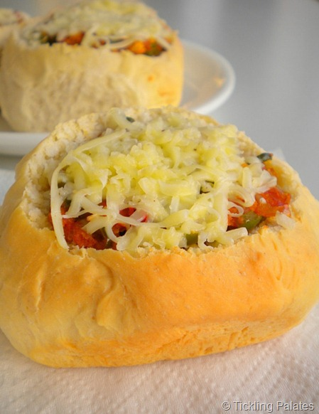 Cheesy Bread Cups
