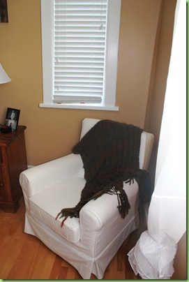 Master bedroom 007