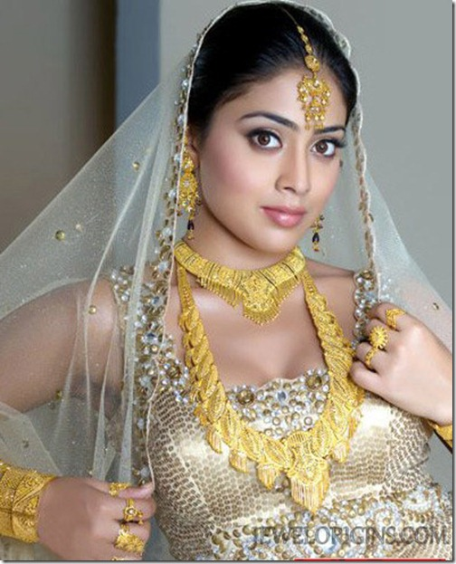 shriya_Saran_Bridal_Jewellery