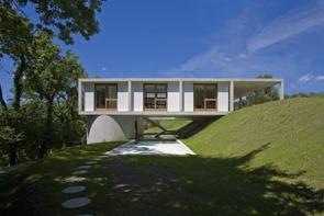 casa-en-sonvico-architetti-pedrozzi-diaz-saravia