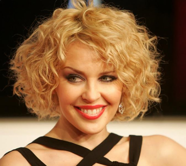 Short layered bob hairstyles: a great hairstyle for curly hair