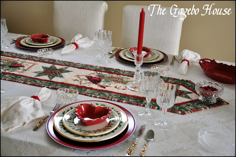 Valentines table & backers rack 011