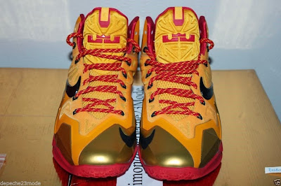 nike lebron 11 pe fairfax away 1 03 Nike LeBron XI (11) Fairfax Lions Away PE   Detailed Look