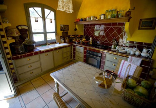 mmles_rosees_kitchen_480