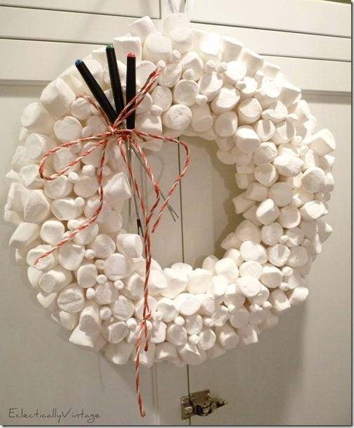 eclecticallyvintage.marshmallowwreath