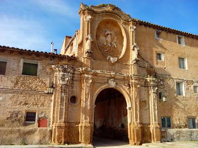 pórtico monasterio de Santa Fe Cuarte de Huerva