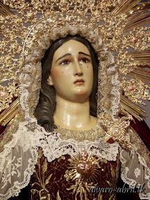maria-santisima-del-sacromonte-vestida-para-el-mes-del-rosario-alvaro-abril-2013-(4).jpg