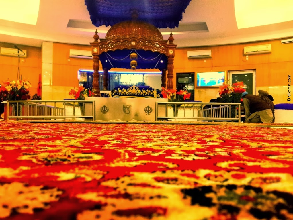 Gurdwara in Gurgaon DLF Phase 1 - The #Divine Address by Vikrmn Author 10 Alone CA Vikram Verma