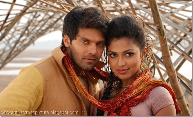 amala-paul-and-arya-dance-images-vattai