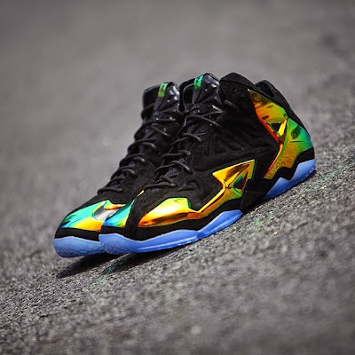 nike lebron 11 nsw sportswear ext kings crown 6 04 Release Reminder: Kings Crown LeBron 11... the Whole Package
