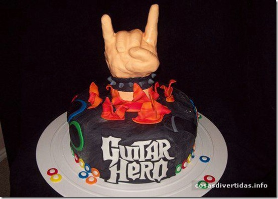 cosasdivertidas - guitar-hero-cake2