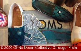 'Toms Shoes at OhNo!Doom' photo (c) 2009, OhNo!Doom Collective Chicago - license: http://creativecommons.org/licenses/by/2.0/